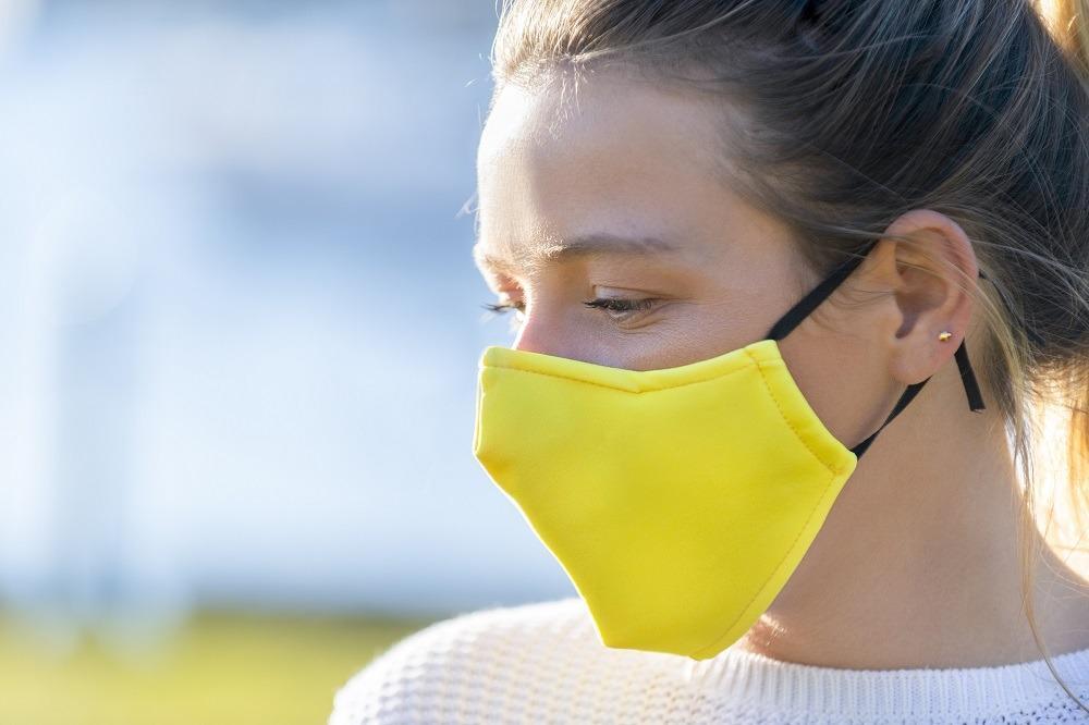 W jaki sposób maseczki chronią przed COVID-19?